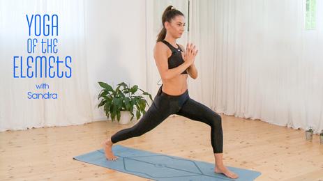 Йога елементите със Сандра